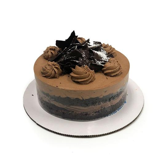 freed's expanded offerings smaller, 2-layer cakes