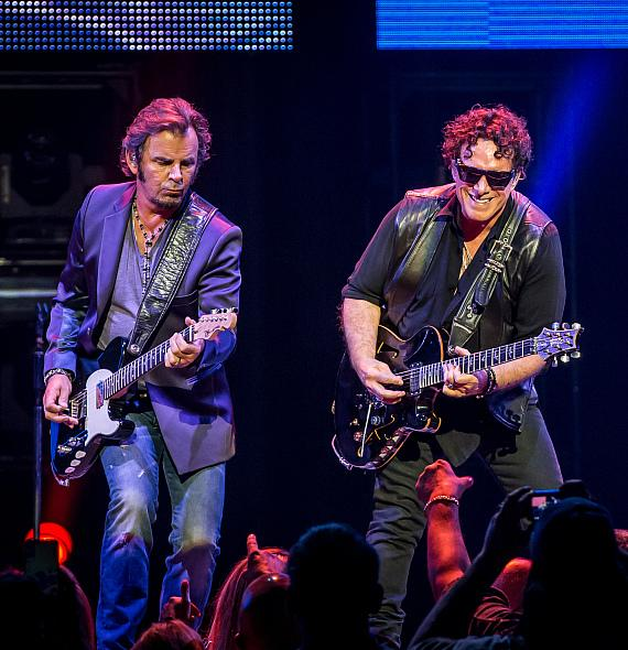 """Journey Launches First-Ever Residency """"Journey Las Vegas"""" at The Joint at Hard Rock Hotel & Casino"""