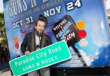 """Guns N' Roses band members post with """"Paradise City Road"""" at The Joint"""