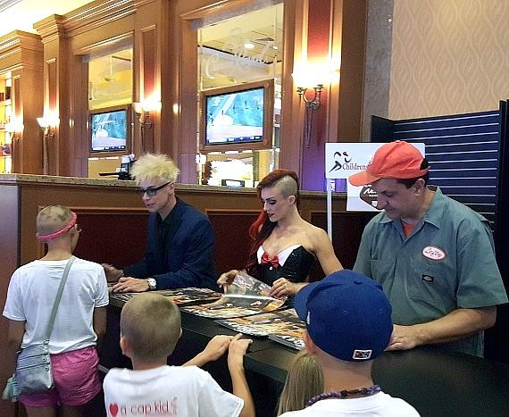 MURRAY 'Celebrity Magician' performs at South Point Hotel for Alepeciapalooza 2016