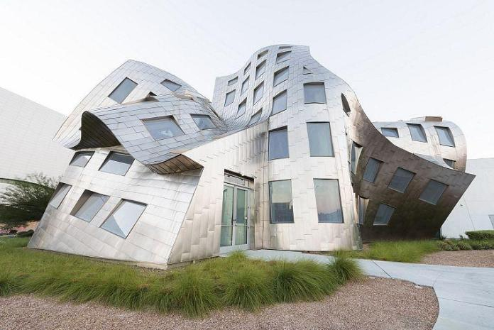 Cleveland Clinic Lou Ruvo Center for Brain Health Announces New Virtual Caregiver Schedule for November