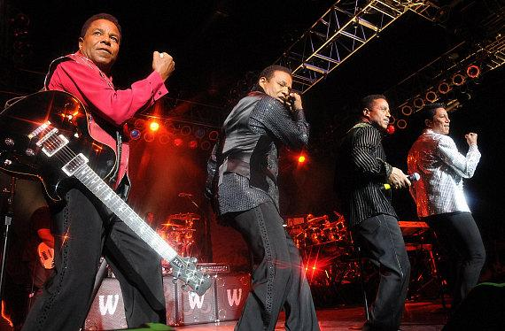 The Jacksons perform at Cannery Casino