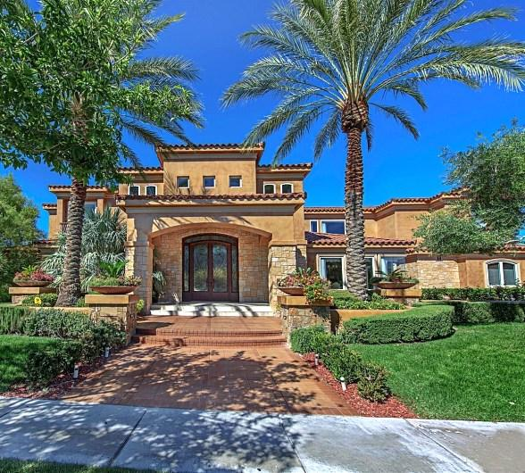 """Former Heavyweight Boxing Champ """"Iron Mike"""" Tyson Purchases Las Vegas Luxury Home"""