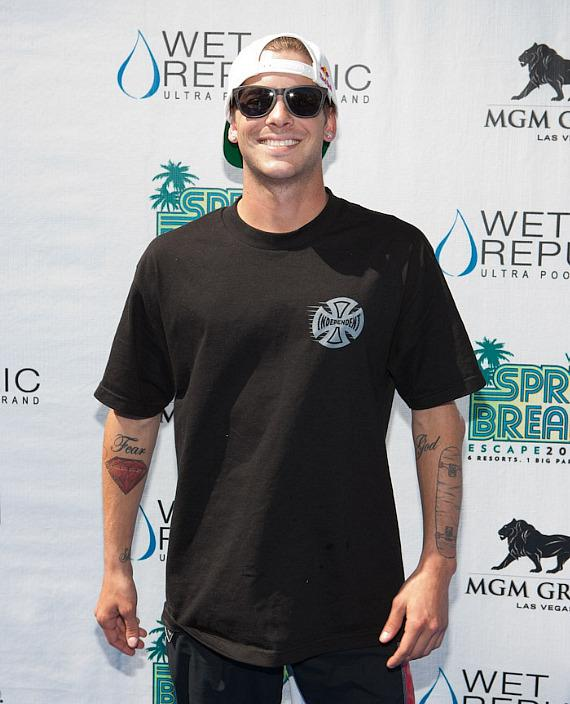 Skateboard Sensation Ryan Sheckler Hosts Spring Break Pool Party at WET REPUBLIC