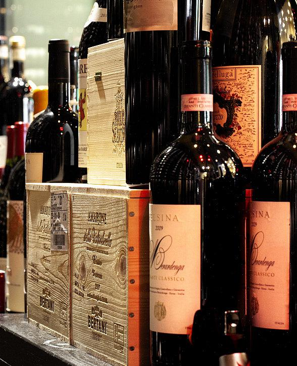 """Celebrate National Wine Day, May 25, at Ferraro's """"May Taste and Learn"""""""