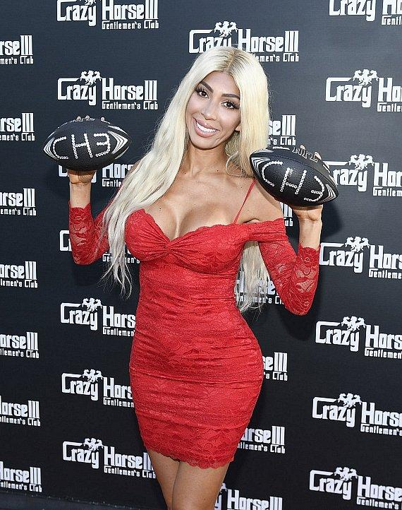 Reality Star Farrah Abraham Visits Crazy Horse 3 in Las Vegas