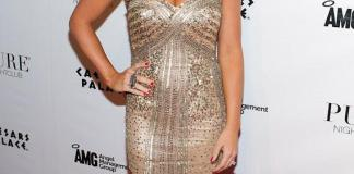 Kendra Wilkinson-Baskett on red carpet at PURE Nightclub