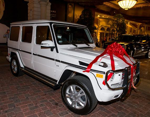 Shaniece Hairston with New Mercedes Benz G550 at The Venetian