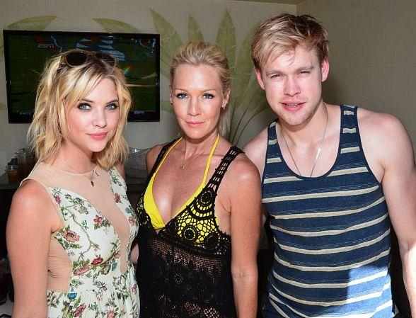 Ashley Benson, Jennie Garth and Chord Overstreet