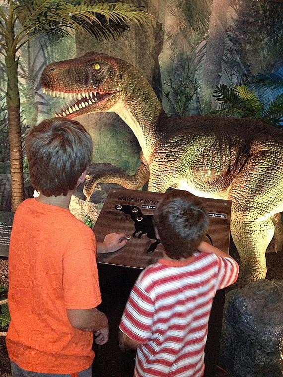 """Dinosaurs Unearthed"" Roam The Springs Preserve All Summer Long"