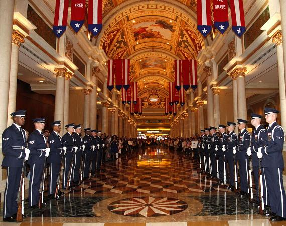 """The Venetian Rolls Out The Red Carpet for America's Veterans with """"Tribute to the Troops"""""""