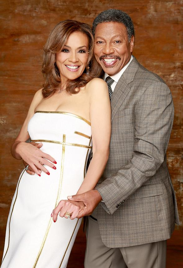 """Marilyn McCoo, Billy Davis, Jr. and The Next Dimension to Star in """"Up, Up & Away! A Musical Fable""""at The Orleans Showroom Feb. 13-14"""