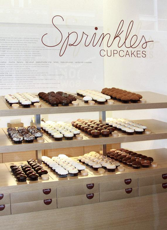 Holly Madison Helps Sprinkles Cupcakes Celebrate Grand Opening at The LINQ in Las Vegas