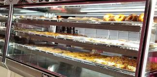 """""""Tanked"""" Reality Star Brett Raymer Opens Fourth Donut Mania Shop in Las Vegas"""