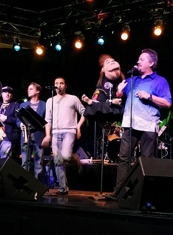 Impressionist Terry Fator Performs with Lon Bronson All-Star Band at Sunset Station