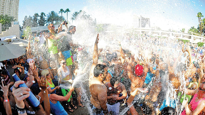 Wet Republic EDC Weekend