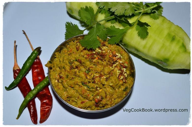 beerapottu pachchadi / ridgegourd peel chutney. south indian andhra style turai ki chilke ki pachadi recipe only with skin of ridge gourd.