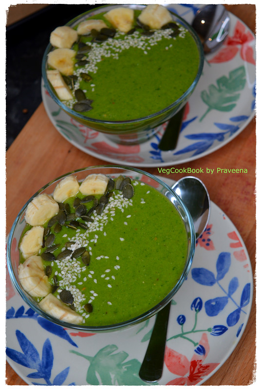 Avocado - Spinach Green Smoothie Bowl