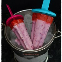Yogurt & Mixed Berry Ice Lollies / Popsicles