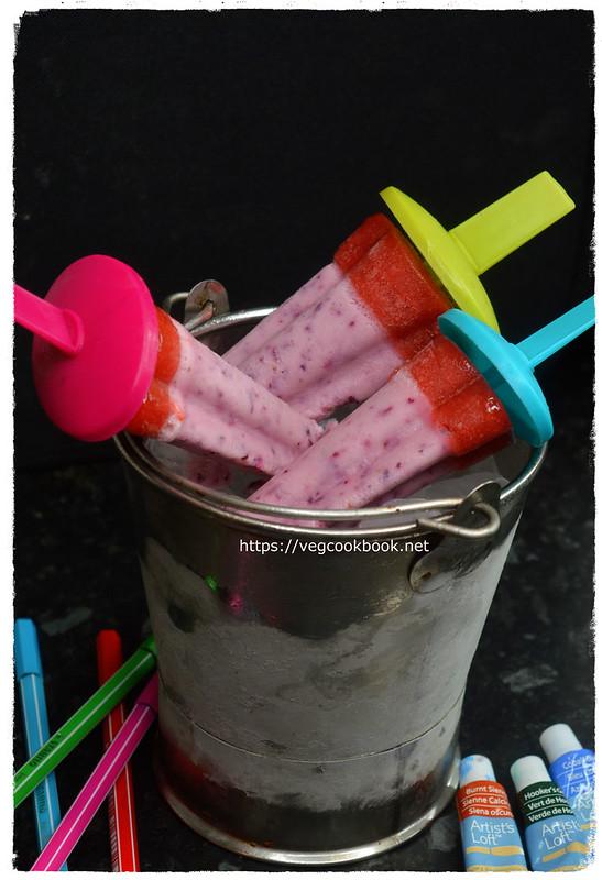 yogurt & mixed berry ice lollies / popsicles