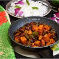 Potato-Capsicum Dry Curry / Aloo-Shimla Mirchi Sukhi Sabzi