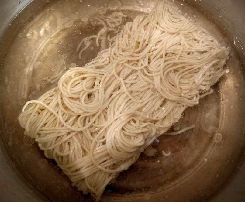 Veg Hakka Noodles Recipe Instructions