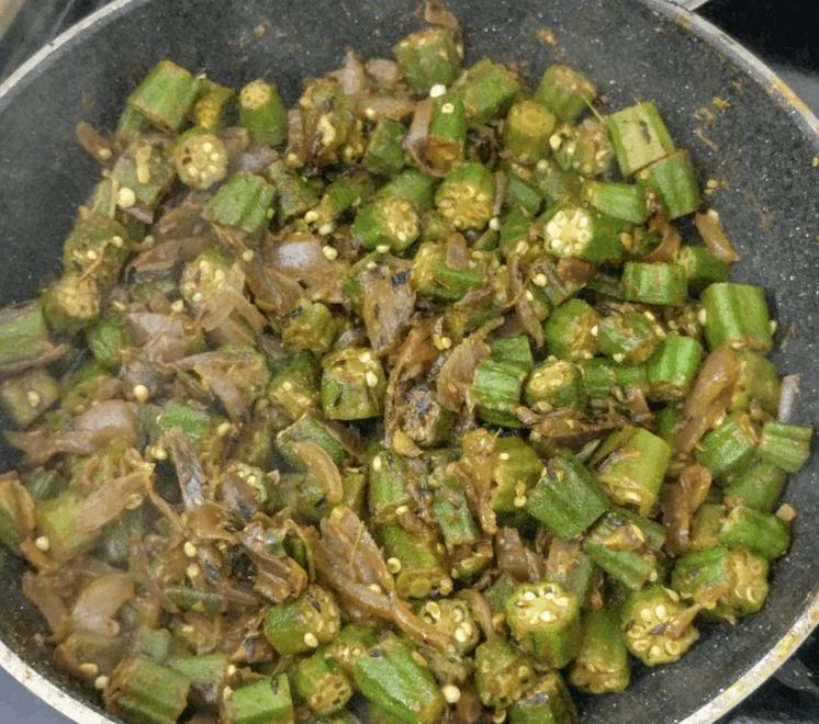 Bhindi Do Pyaza Recipe Step By Step Instructions 9