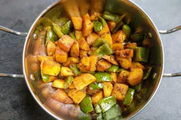 Aloo Capsicum Recipe Step By Step Instructions 6