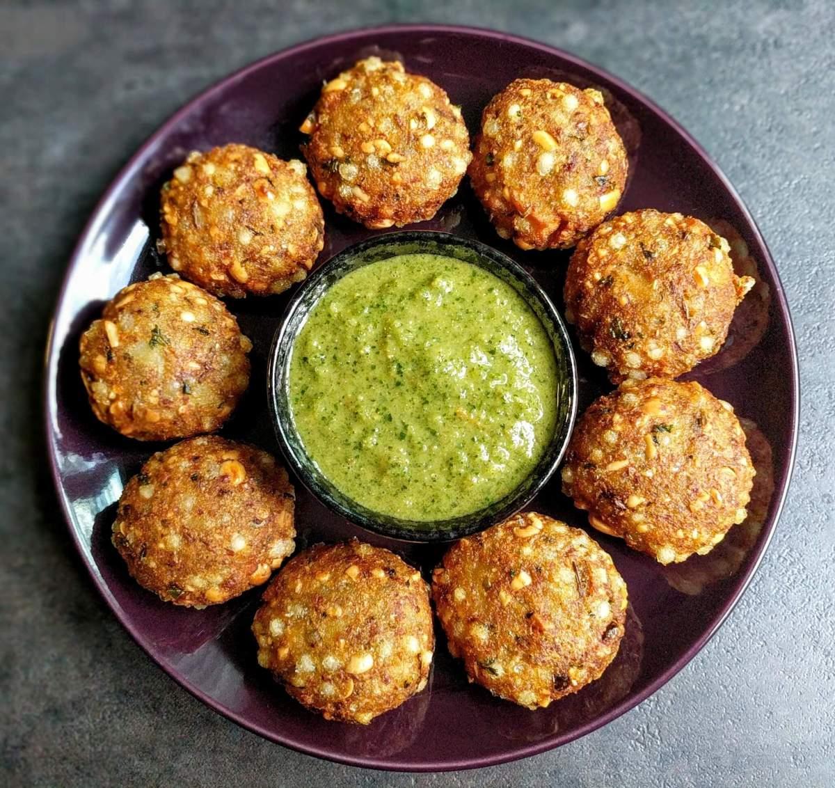 Sabudana Vada Recipe (Crispy Sago Fritters)
