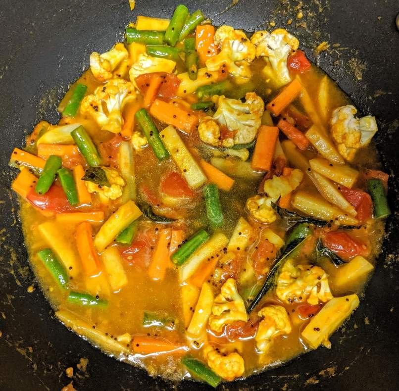 Vegetable Jalfrezi Recipe Step By Step Instructions 6