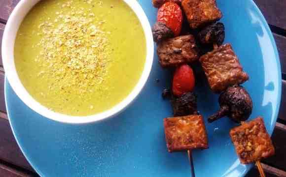 Brochettes de Tempeh et champignons pour le barbecue