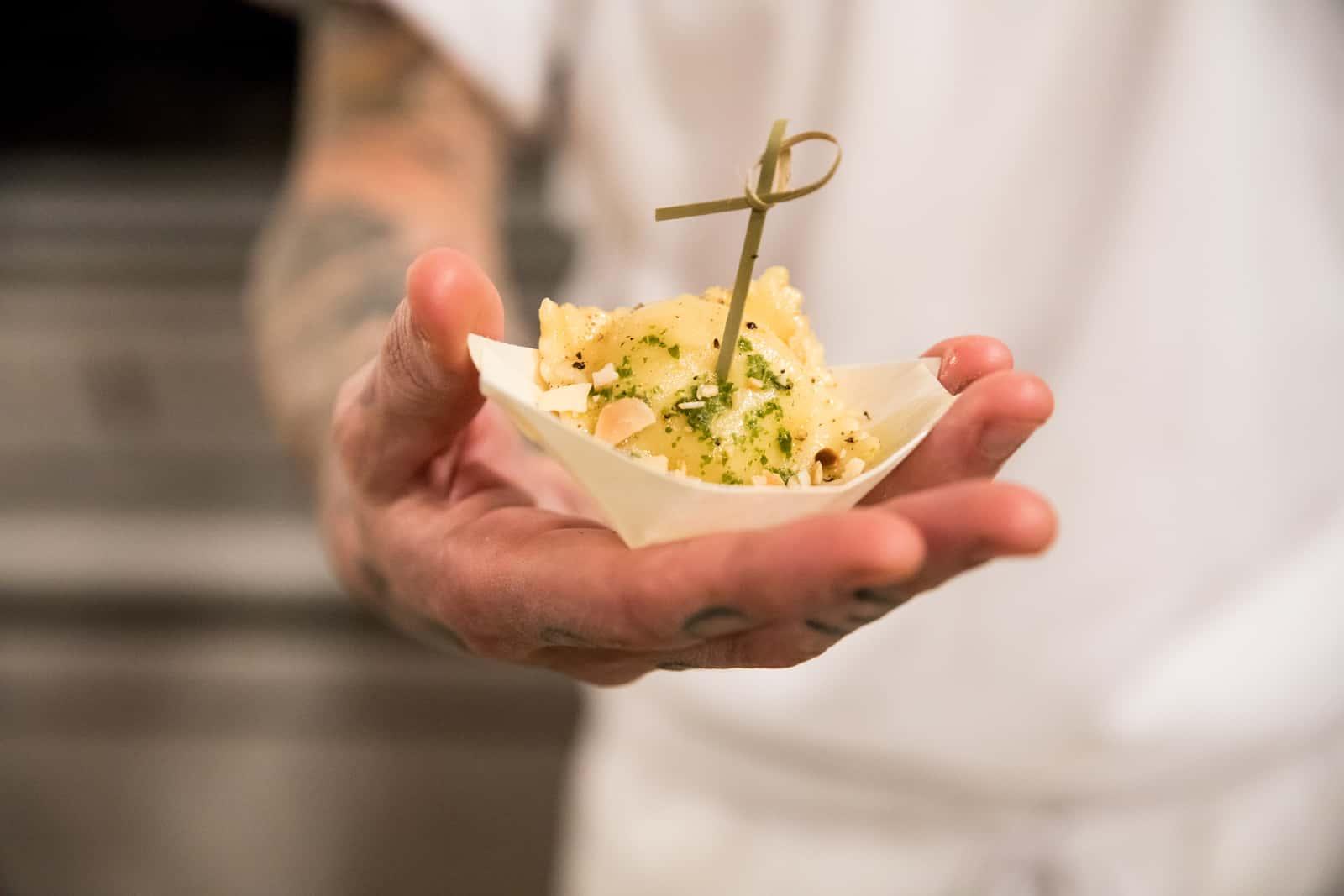 Bouchée servie au Tofu d'or Crédit photo: Susan Moss