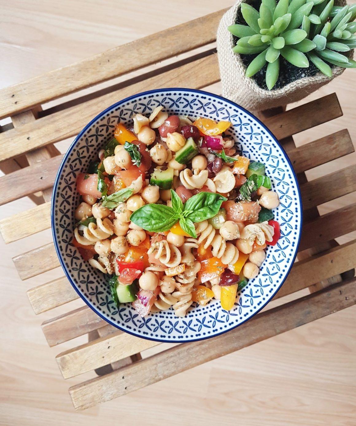 Salade de pâtes et légumineuses