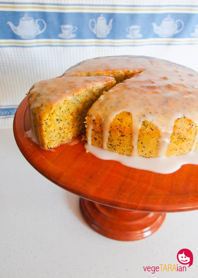 Vegan orange and poppyseed cake made in the Cuisine Companion