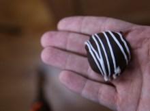 How To Make Vegan Chocolate Covered Strawberry Truffles | Valentine's Day Dessert