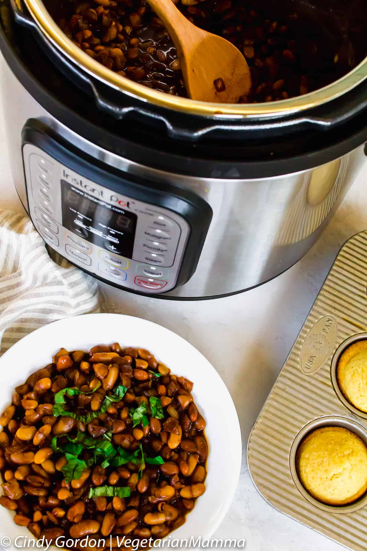 Vegetarian Instant Pot Baked Beans and an instant pot