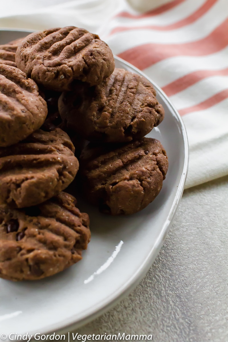 Double Chocolate Air Fryer Cookies (gluten free) on a plate