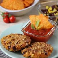 Mexikanische Kidneybohnen-Bratlinge mit Tortilla-Chips-Panade (Vegan)