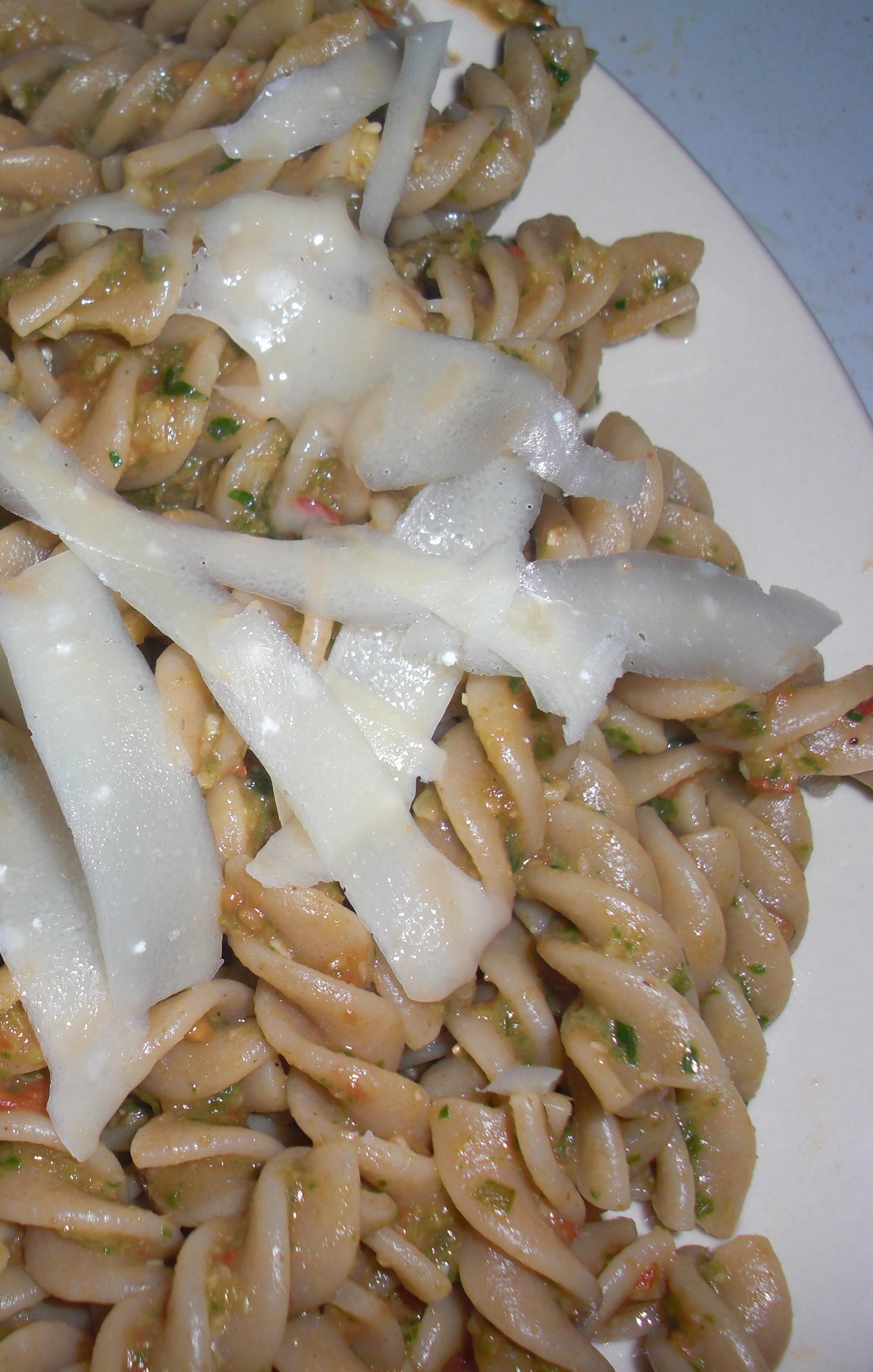 Sorrel pesto with whole wheat rigatoni