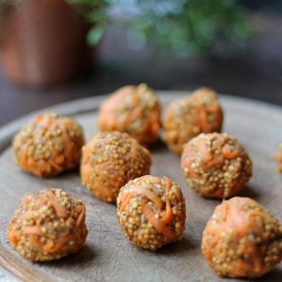 Carrot Cake Quinoa Balls   Vegan, Gluten-Free, Sugar-Free   Veggie Desserts Blog