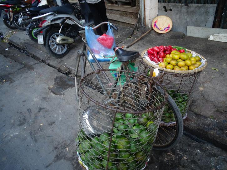 A bicycle food seller