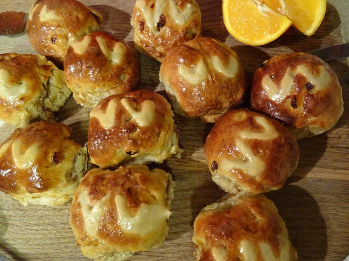 Vegan Hot Cross Buns Recipe