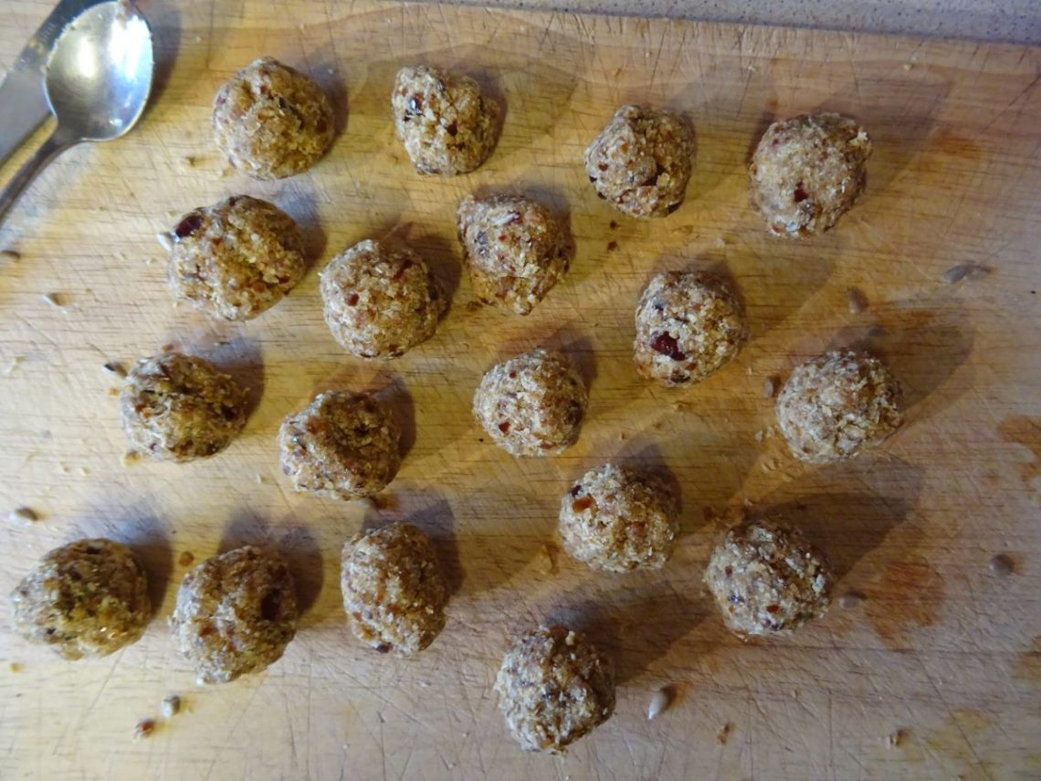 Coconut and Date Energy Balls