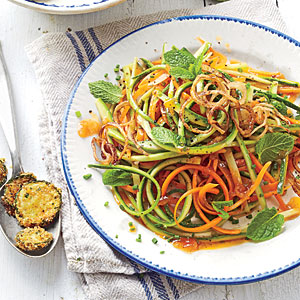 Raw salad with spaghetti