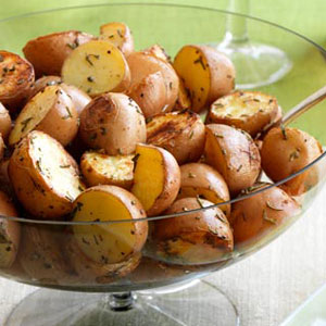 Roasted potatoes with rosemary and beetroot salad