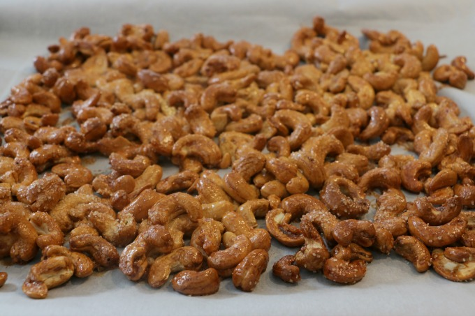 cashews-out-of-oven