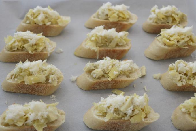 crostini-before-baking