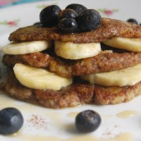 Flax and Banana Pancakes: 3 ingredients, Gluten-free and Vegan