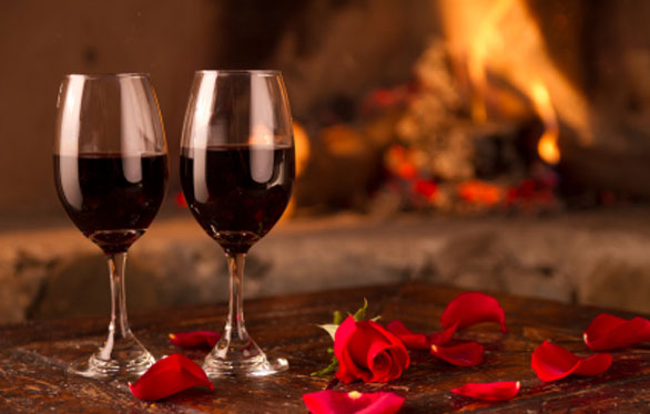 romantic dinner, romantic dinner for two, romantic candle light dinner, dinner for two, restaurant dinner for two, romantic restaurant dinner, romantic dinner in restaurant, valentine's day dinner, valentine' day