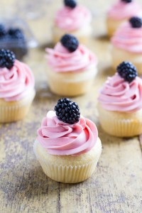 Vegan Cupcakes with Blackberry Frosting 11